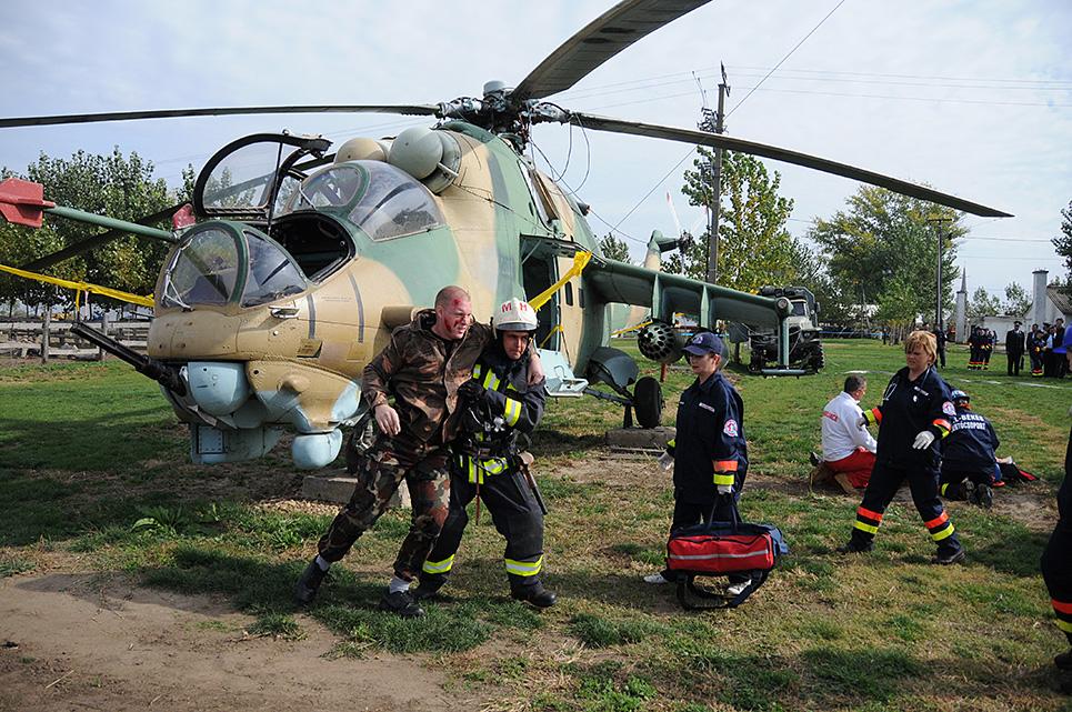 Helikopterből is mentettek a gyakorlaton Fotó: Melega Krisztián