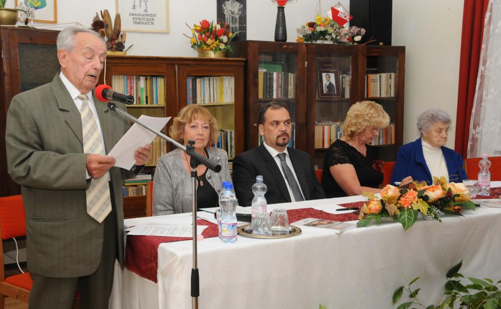 Dr. Násztor Sándor elnök köszöntötte a vendégeket (Fotó: Zavada Andrea)