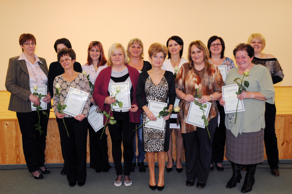 Az elismerésben részesült szociális dolgozók (Fotó: Kecskeméti Krisztina)