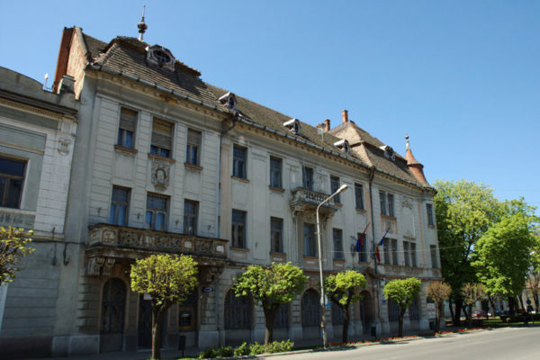 Nagykároly: Városháza