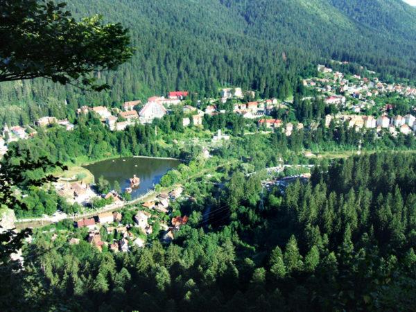 Tusnádfürdő: Csukás tó (forrás: Wikipédia)