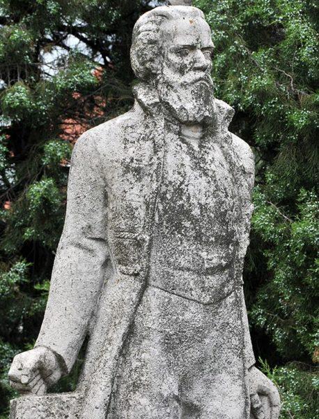 Táncsics szobor (fotó: Rajki Judit)